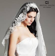 hairstyles with mantilla veil stanny s blog italian themed plum and teal wedding decor wedding
