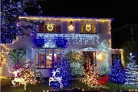 shooting star christmas lights decking the houses for shooting star chase at christmas shooting