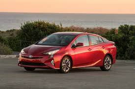 toyota 2017 usa 2017 prius four vs prius prime plug in should you spring for