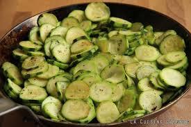 comment cuisiner les courgettes au four recette gratin de courgettes la cuisine familiale un plat une