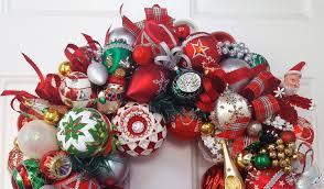 22 vintage ornament wreath beaded santa mrs claus