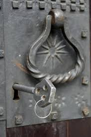 How To Open A Locked Bathroom Door How To Unlock A Bedroom Door That Requires Key Open Deadbolt Lock