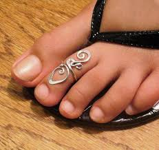 about toe rings images Latest trend toe rings silver jewelry trends for girls womens jpg