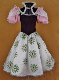 Haunted Mansion Costume This Is One Of The Most Creative Haunted Mansion Costumes Ever