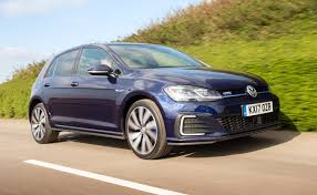 Volkswagen Golf Gte Review 2017 Autocar