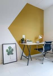 bureaux moderne deux peintures pour réveiller l intérieur blanc espace bureaux
