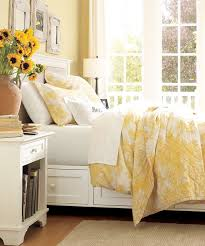 Yellow And White Duvet Color Lover Amarelo Na Decoração Children S Sunshine And Bedrooms