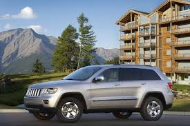 camo jeep grand cherokee jeep releases new photos and video of 2011 grand cherokee
