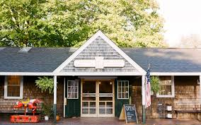 the five meals you must eat in martha u0027s vineyard travel leisure