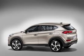 hyundai crossover 2015 all new 2015 hyundai tuscon will replace ix35 u2013 first photos carwow