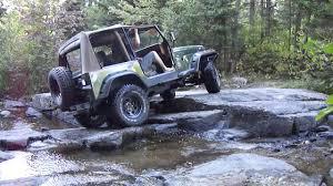 jeep yj rock crawler jeep yj 4l remonte les rapides rock crawling lac des pins rouges