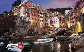 Italy Houses Manarola The Famous Cinque Terre Town In Italy Traveler Corner