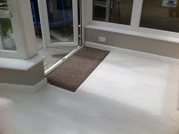 Quick Step White Laminate Flooring Maidment Properties Laminate Flooring In Conservatory