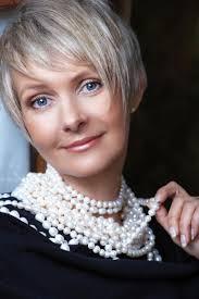 can older women wear an undercut undercut pixie haircuts for older ladies undercut pixie haircuts