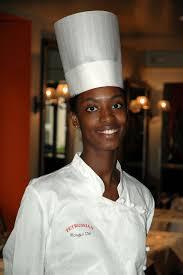chef de cuisine femme rougui dia la chef surnommée la perle de la gastronomie