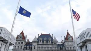 Why Is The Us Flag At Half Staff Today Ny Flags At Half Staff To Honor Roshain Euvince Brooks Newsday