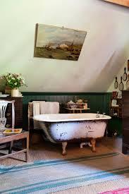 25 killer small bathroom design tips 13 inspiring farmhouse bathrooms