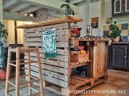 table de cuisine en palette îlot de cuisine faite avec des palettesmeuble en palette meuble en