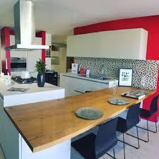 cuisiniste ajaccio espace familial ajaccio cheminée poêle cuisine salle de bains
