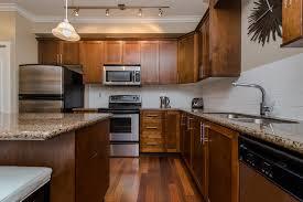 Kitchen Cabinets Port Coquitlam Julie Tidiman 212 2627 Shaughnessy Street Port Coquitlam Mls