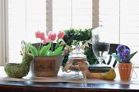 spring table centerpiece idea and a silhouette double sided