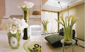 Decorating Dresser Top by Floral Arrangments You Could Try This Spring