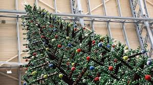Decorated Christmas Tree London by 33 Foot Tall Lego Christmas Tree Decorates London Train Station