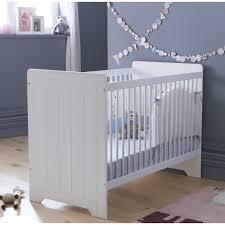 chambre bebe bois massif lit bébé barreaux blanc 60x120 avec tiroir en option