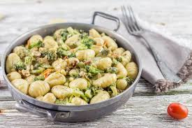 gnocchis brocolis noix et crème de parmesan cuisine moi un mouton