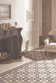 Tiled Fireplace Wall by Best 25 Victorian Fireplace Tiles Ideas On Pinterest Victorian