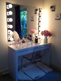 Small Vanity Mirror With Lights Bedroom Mirrored Makeup Vanity Table With Small Bedroom Vanity