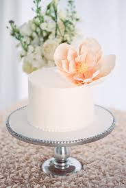 white wedding cake eight single tier wedding cakes you ll want to copy weddings