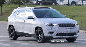 camo jeep grand cherokee spied 2019 jeep cherokee sheds some camouflage