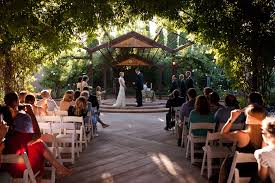 Fit Botanical Gardens Chuck Wedding 056 Jpg 1000 667 Gardens Of Nm Pinterest