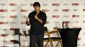 fan expo 2017 nathan fillion outlines his castle wish list space