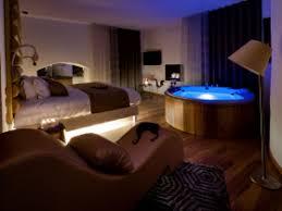 chambre balneo suite de luxe avec et hammam privatifs au cœur du castellet