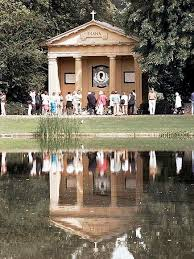 Princess Diana S Grave 43 Best Diana At Home In Althorp Images On Pinterest Spencer