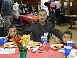 slideshow refugees get a taste of america at thanksgiving