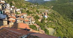 italian village offers 2 100 to boost falling population
