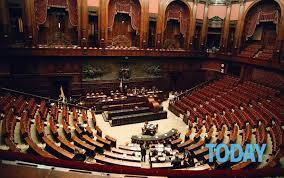 parlamento seduta comune il parlamento chiude per ferie deputati e senatori in vacanza per