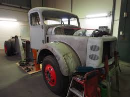 volvo 2013 truck file being restored volvo truck pict3 jpg wikimedia commons