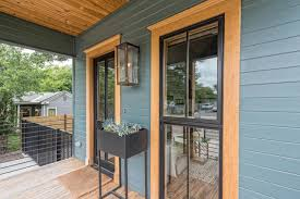 Fixer Upper Homes For Sale by Fixer Upper U0027s U0027tiny House U0027 Wants Nearly 1 Million Curbed
