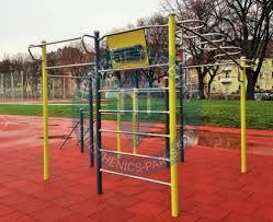 Flag Pole Workout Würzburg Street Workout Park Sportplatz Sanderrasen