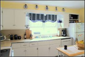 White Appliance Kitchen Ideas Painting Kitchen Cabinets Antique White Hgtv Pictures Ideas