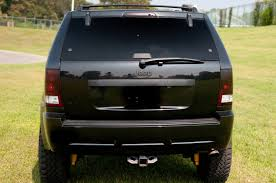 commander jeep lifted lifted the old ladys jeep commander cherokee srt8 forum