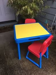 fisher price table and chairs vintage 1988 fisher price little people swimming pool play set