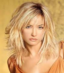 best layered bob hairstyles with blonde hair and side bangs for