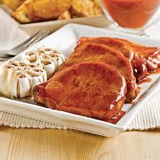 cuisiner cote de porc côtelettes de porc à l érable et à l ail recettes cuisine et