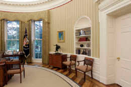 oval office redecoration photos new look for white house s west wing after renovations wtop