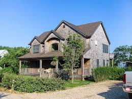 waterfront fort pond beach for kayaks homeaway montauk